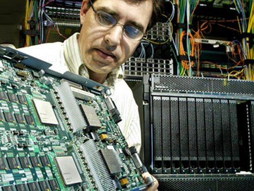 В 2012 году включат самый мощный компьютер