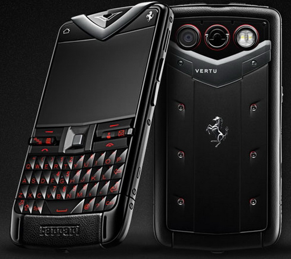 Смартфон Vertu Constellation Quest Ferrari